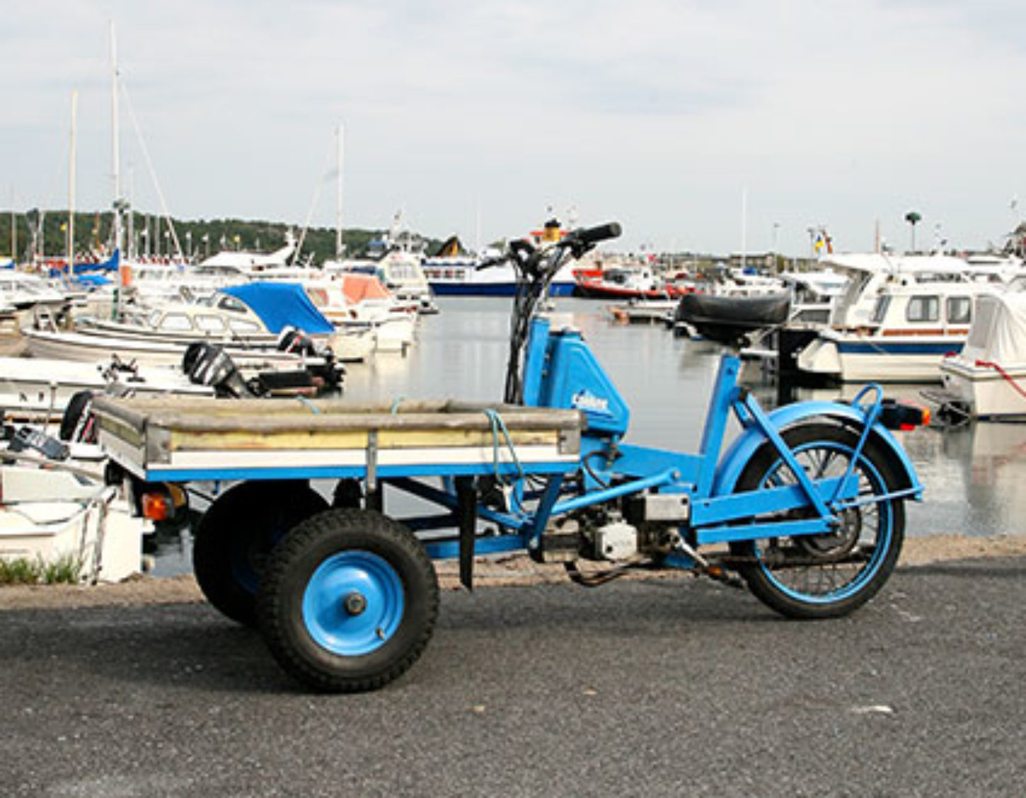 Moped on Dosnö Island